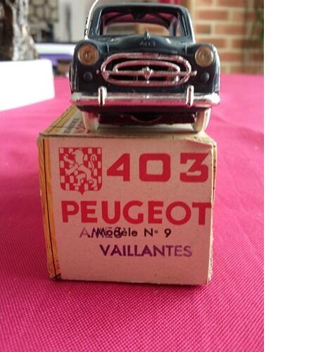 Norev Peugeot 403 Ames Vaillantes (2)
