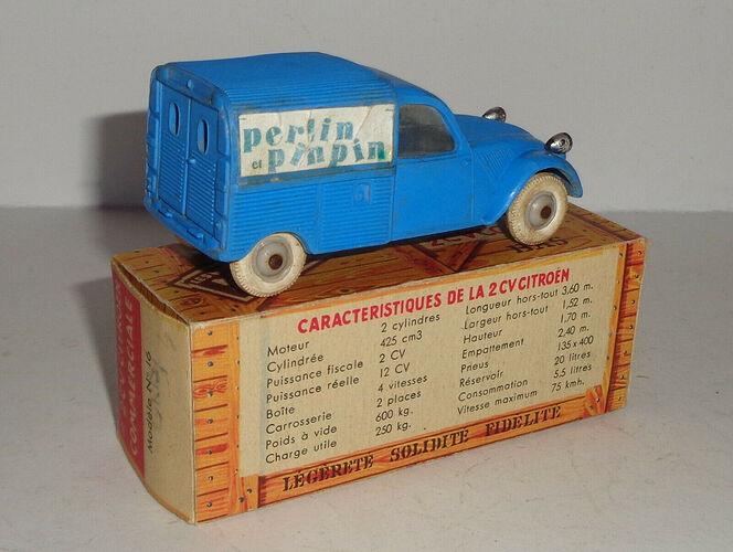 2 CV Citroen Commerciale NOREV - Bleue - Ames vaillantes - Perlin et Pinpin (2)
