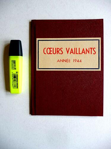 Reliure Coeurs Vaillants 1944 vendu en octobre 2020 (2)